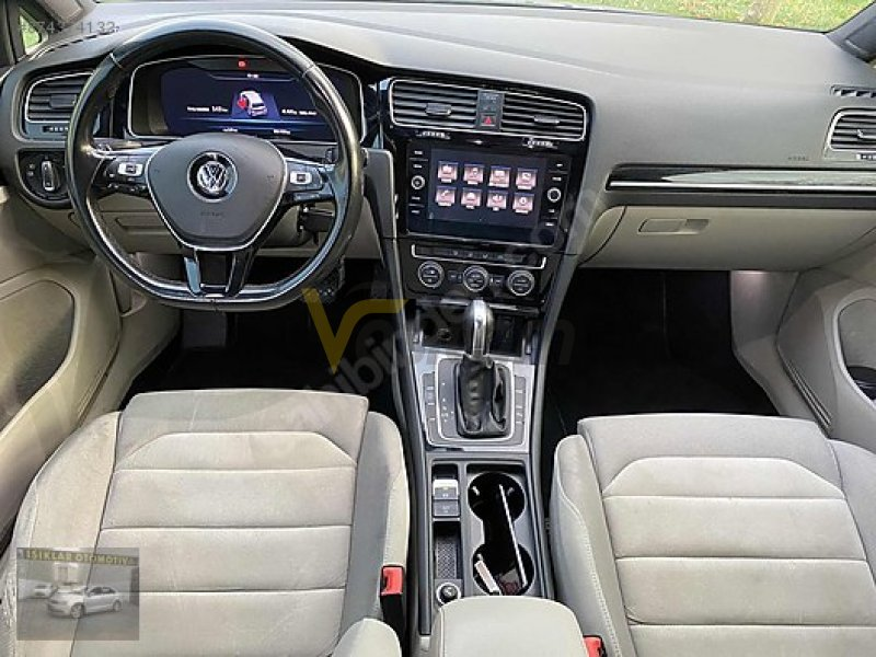 Taşıt\Otomobil\Volkswagen\Golf