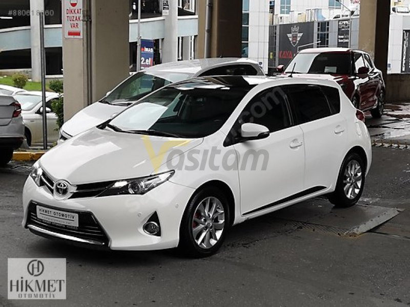 Taşıt\Otomobil\Toyota \Auris