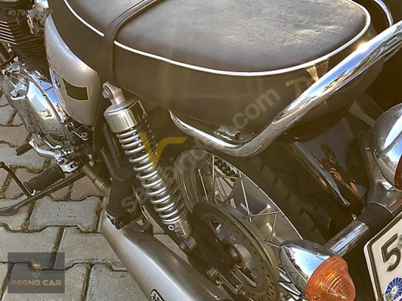Taşıt\Motosiklet\Triumph\Bonneville T100