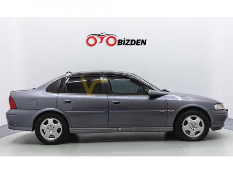 Taşıt\Otomobil\Opel \Vectra