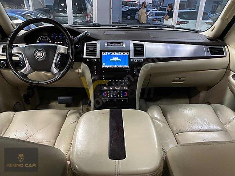 Taşıt\Arazi, SUV & Pick-up\Cadillac\Escalade