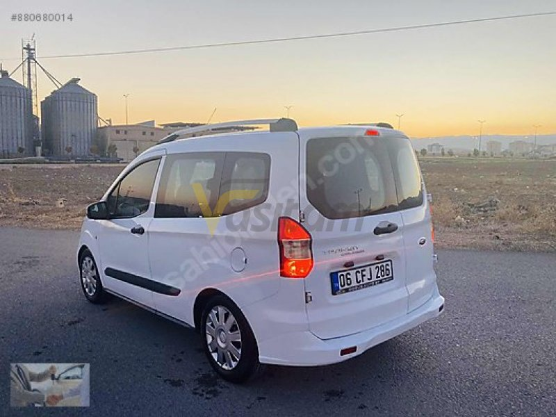 Taşıt\Minivan & Panelvan\Ford\Tourneo Courier